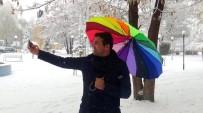 Erzincan'a Mevsimin İlk Karı Düştü