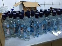 KAÇAK İÇKİ - Eyüp'te Yılbaşı Öncesi Sahte İçki Operasyonu