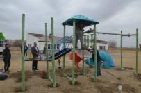 MEHMET REMZİ ARAYIT - Günyüzü Belediyesinden Parklara Oyun Gurubu