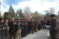 ÖMER CAMII - Halep'te Hayatını Kaybedenler İçin Gıyabi Cenaze Namazı