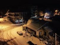 YAĞAN - Patnos'ta Kar Yağışı Hayatı Olumsuz Yönde Etkiliyor