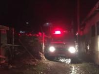 AYVALı - Seyitgazi'de Çıkan Yangında Bir Ev Kullanılmaz Hale Geldi