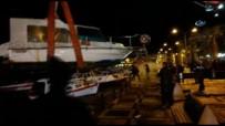 CEP TELEFONU - Teknelerini Vinçle Kurtardılar