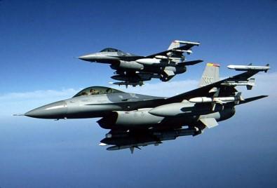 Uçaklar DEAŞ hedeflerini vurdu