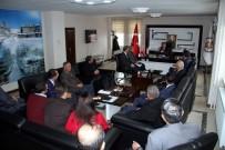 HAKKANIYET - Vali Çınar Birim Amirleriyle Toplantı Yaptı