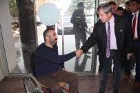 DERNEK BAŞKANI - Vali Çınar'dan Engellilere Ziyaret