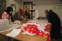 ALINUR AKTAŞ - Halepli Çocuklara Anne Şefkati
