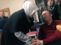 ÇIÇEKLI - Keşir, Gazi Serdar Çiçekli'yi Baba Ocağın Gelişinde Karşıladı