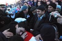 KARACAÖREN - Şehit Cenazesinde Gözyaşları Sel Oldu