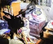 KOCABAŞ - Soba İçindeki Uyuşturucuyu 'Evlat' Buldu