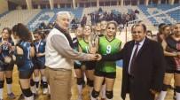 VOLEYBOL FEDERASYONU - Voleybolda Lokman Hekim Anadolu Lisesi Şampiyon