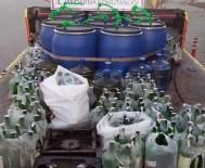 YENIÇIFTLIK - Yılbaşı Öncesi Sahte İçki İmalathanesine Baskın
