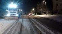 ÜÇPıNAR - Başkent'te Karla Yoğun Mücadele