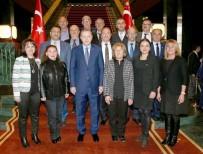 HALITPAŞA - Halitpaşa Mahallesi Muhtarı Yarar, Cumhurbaşkanı Erdoğan İle Aynı Karede