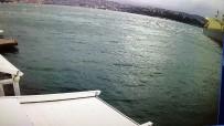 KURU YÜK GEMİSİ - Kuru Yük Gemisi Karaya Böyle Oturdu