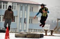HAREKAT POLİSİ - PÖH Sınavına Hazırlık İçin İnşaat Malzemelerinden Parkur