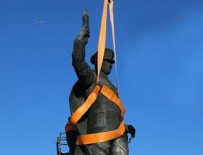 Atatürk heykelinin taşınmasında gerginlik