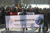 FATIH ÖZTÜRK - Bolu'da Öğrenciler Halep Ve Şehitler İçin Yürüdü