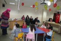 DİN KÜLTÜRÜ - Büyükşehir Sosyal Yaşam Merkezi'nde Çocuklar Mutlu, Anneler Huzurlu