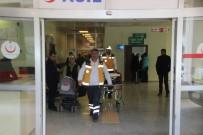 UÇAKSAVAR - Şanlıurfa'da Kaza Açıklaması 2 Yaralı