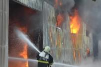 ALÜMİNYUM - Fabrika Ve Depolar Kül Oldu, Sahipleri Ağladı