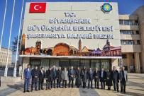 CUMALI ATILLA - Karaaslan, Başkan Atilla'yı Ziyaret Etti