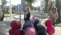TRAFİK EĞİTİM PARKI - Minikler Hem Eğlendi, Hem De Trafik Kurallarını Öğrenciler