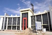 ORDUZU - Orduzu Spor Tesisi 8 Yıldır Hizmete Gireceği Günü Bekliyor