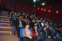 SİNEMA SALONU - Torbalı'daki Sinema Salonuna Yağmurlarda Yıkansam Filmiyle Açılış