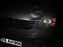 SÜTLÜCE - Yaşlı Kadına Minibüs Çarptı