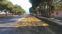 YOL ÇALIŞMASI - Yeşilova Yolu Artık Daha Güvenli