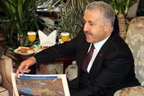 MURAT BAYBATUR - Bakan Arslan, YHT Güzergahı Tartışmalarına Nokta Koydu