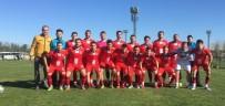 EKONOMI VE TEKNOLOJI ÜNIVERSITESI - Bilecik Şeyh Edebali Üniversitesi Futbol Takımı Antalya'da 4'De 3 Yaptı