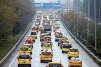 SERVİSÇİLER ODASI - Taksici Ve Servisçilerden 'Teröre Lanet' Konvoyu