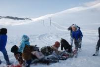 GAZIOSMANPAŞA ÜNIVERSITESI - Tokat'ta Kayak Sezonu Açılışı Renkli Görüntülere Sahne Oldu
