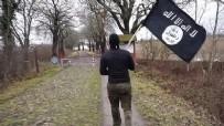 BERLIN - DEAŞ bayrağıyla sınırı geçti