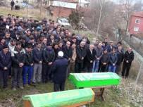 DUMLUPıNAR ÜNIVERSITESI - Yangında Ölen 2 Çocuk Hisarcık'ta Toprağa Verildi