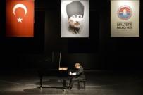 MÜNİH - 'Harika Çocuk' TSKM'de Sahne Aldı