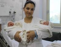 AYDIN VALİSİ - Kontrole Geldi, İkiz Bebek Sahibi Oldu
