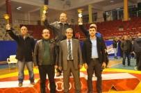 ALİHAN - Tarsus'ta Kurtuluş Günü Etkinlikleri Kapsamında Güreş Müsabakaları Düzenlendi