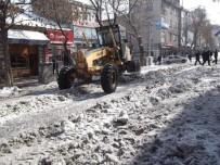 HALITPAŞA - Kars Belediyesi'nin Kar Timleri Görev Başında!
