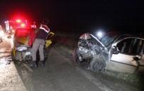KıRıM - Taksiyle Ticari Araç Çarpıştı Açıklaması 7 Yaralı