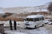 Aksaray'da Öğrenci Servisi Devrildi Açıklaması 5 Yaralı