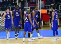 BROWN - Anadolu Efes, Real Madrid'i Ağırlıyor