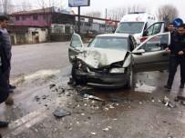 Bartın'da Trafik Kazası Açıklaması 2 Yaralı