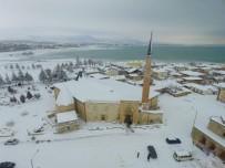 BEYŞEHIR GÖLÜ - Beyşehir, Gölüyle Kış Mevsiminde Havadan Bir Başka Güzel