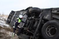 İranlı Turistleri Taşıyan Otobüs Şarampole Yuvarlandı