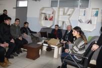 MEHMET NURİ ÇETİN - Kaymakam Çetin'den Başarılı Öğrencilere Bilgisayar