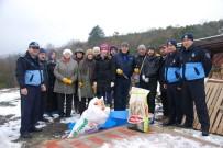 HAYVAN SEVERLER - Körfez Belediyesi'nden Sokak Hayvanlarına Yardım Eli