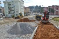 KUŞADASI BELEDİYESİ - Kuşadası'nda Yol Ve Kaldırım Çalışmaları Sürüyor